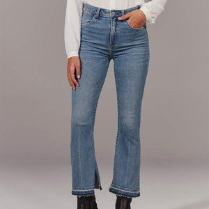 NWT A&F High Rise Ankle Flare Jeans